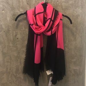 NWT Charming Charlie Pink and Black Scarf